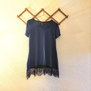 🌻 3/$20 Mossimo Teal T-shirt Edged w/ Black Lace